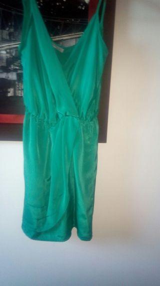 Vestido verde de suiteblanco