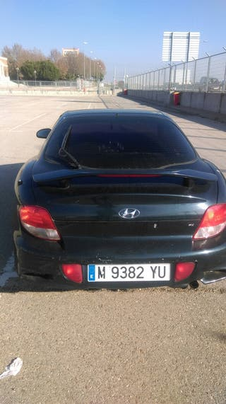 Hyundai coupe año2000 gasolina