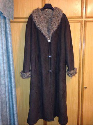 Abrigo de piel talla 56