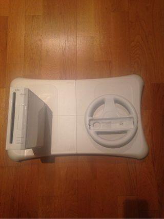 Nintendo Wii + 8 juegos + wiifit + 2 mandos