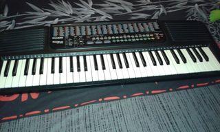 Teclado Piano Casio CT-636