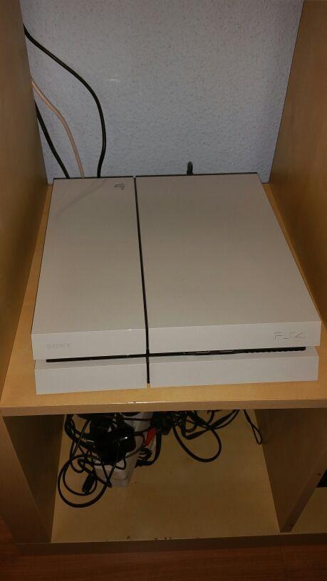 PS4 + mando + 6 juegos