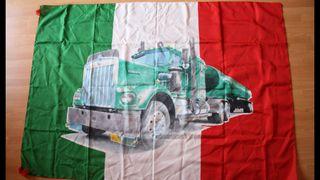 Bandera de Italia con camión