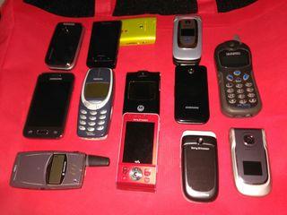 Lote 12 teléfonos móviles.