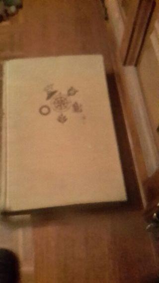 Libro escolar antiguo