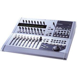 Mesa digital Yamaha 01x / tarjeta de sonido