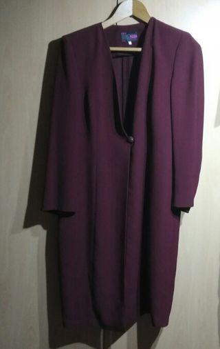 Vestido y abrigo