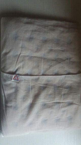 Almohada marca chico,para bebés recién nacidos.