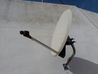 Antena parabólica Axil