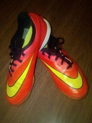 Zapatillas de futboll sala NIKE