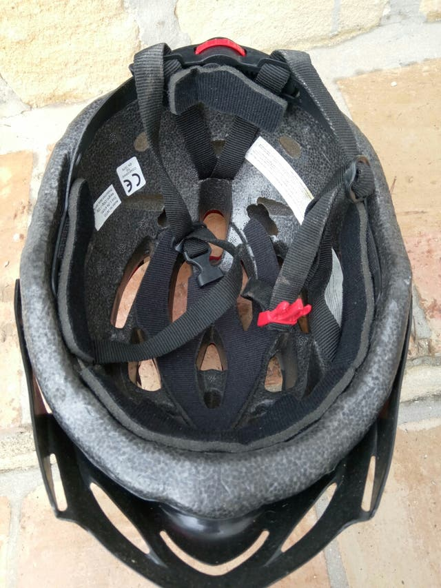Casco de bicicleta ajustable