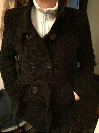 Abrigo negro talla M