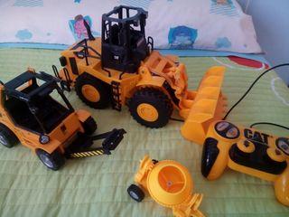 Excavadora móvil, grua y hormigonera
