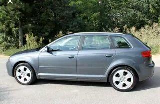 Audi a3 sportback automático 2.0 gasolina.