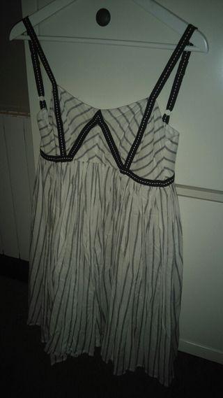 Precioso vestido a capas de asos