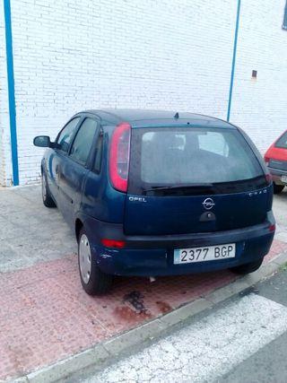 Opel Corsa(1.2 gasolina)5ptas