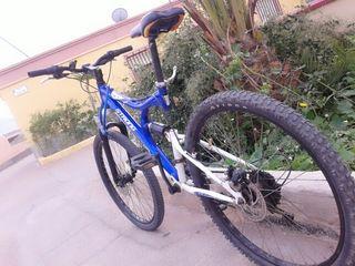 Bicicleta de Montaña NEGOCIABLE.