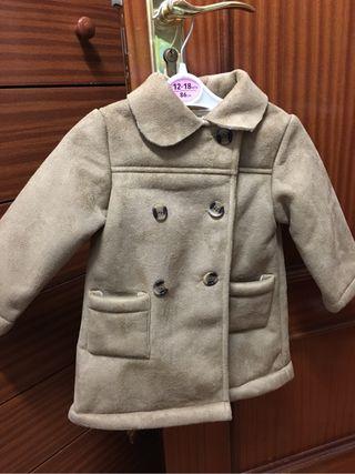 Abrigo para niña o niño