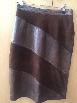 b1cd07498a1 Falda de piel marrón de segunda mano en la provincia de Valencia en ...