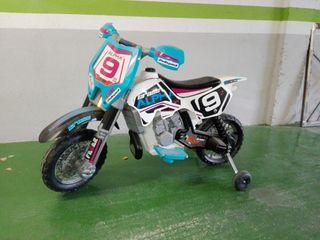 Se vende moto de batería motocross