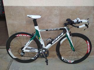 Bici triatlón BH Aero