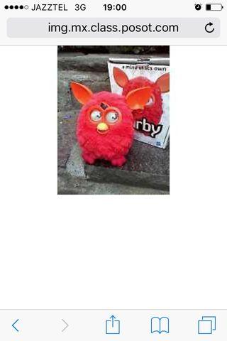 Furby rojo