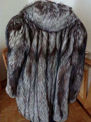 Abrigo de piel zorro argente