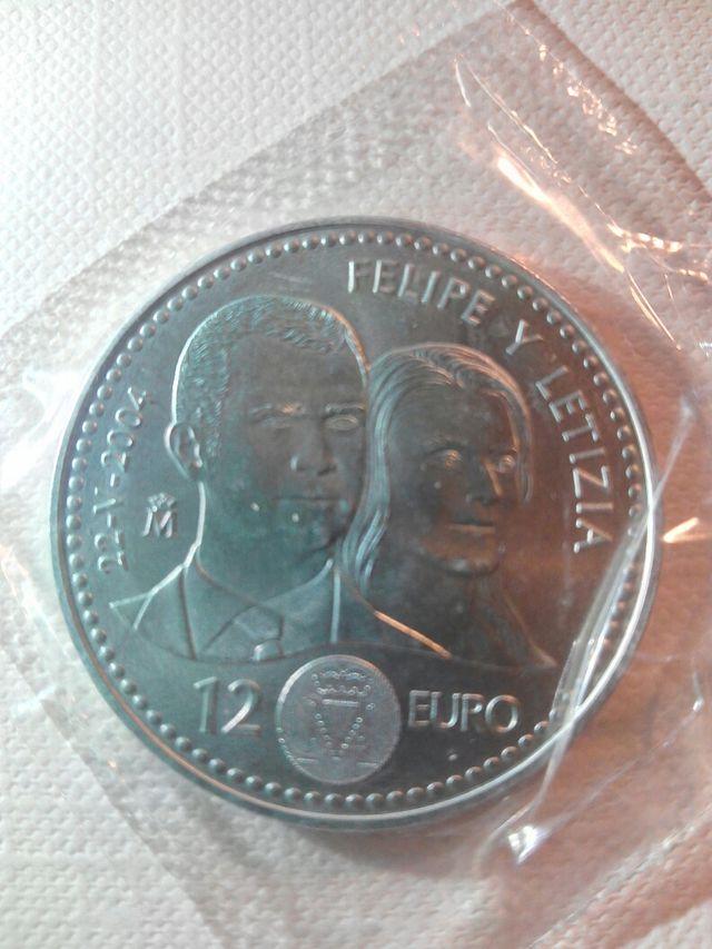 Moneda de 12 euros 2004