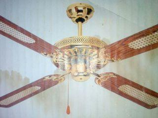 Ventilador de techo reversible