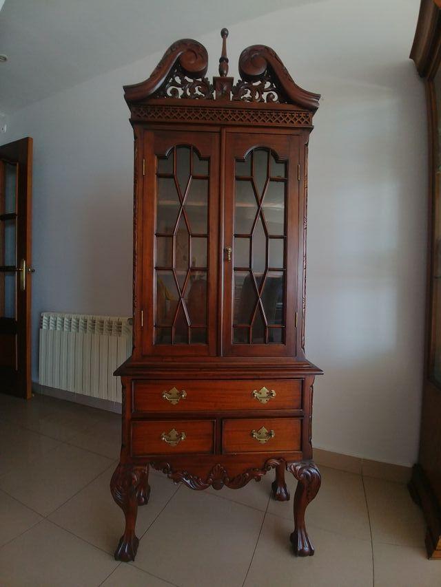 Vitrina madera noble