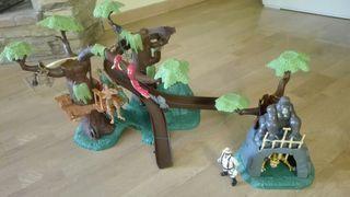 juguete:casa en el árbol de Tarzan.