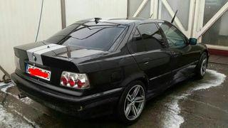 coche bmw 318 1991