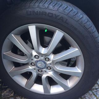3 Neumáticos SEMI-NUEVOS Mercedes-Benz Modelo ML 300