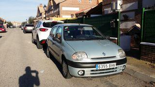 Renault Clio 1.1 gasolina Perf. Estado Mejor ver