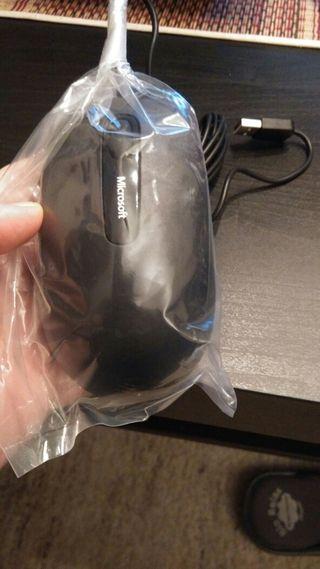 Raton Ergonómico Microsoft Comfort mouse -Nuevo-