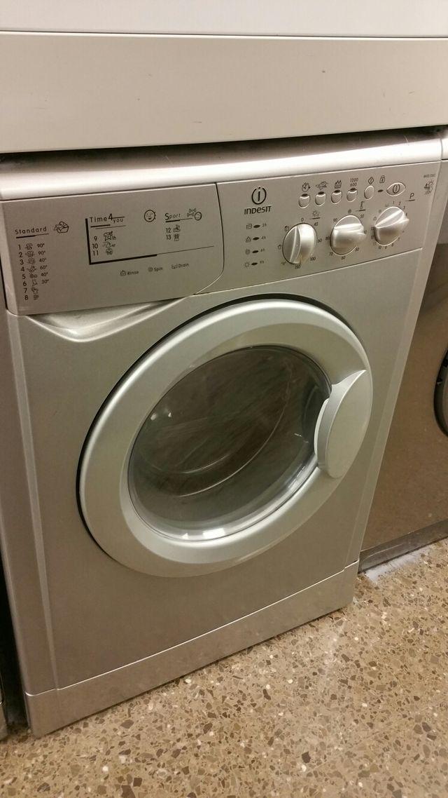 despiece de lavadora secadora Indesit