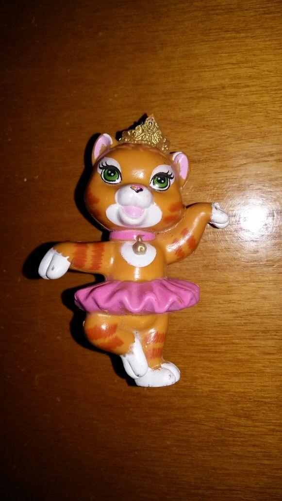 Figura pvc goma mascota princesa Disney