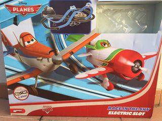 Circuito aviones y coches