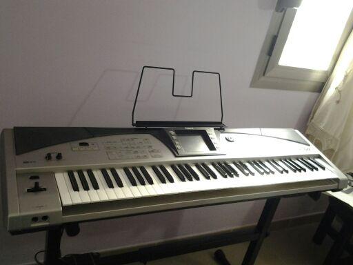 organo ROLAND E60