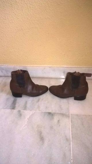 Vendo botas cortas flamenco número 28
