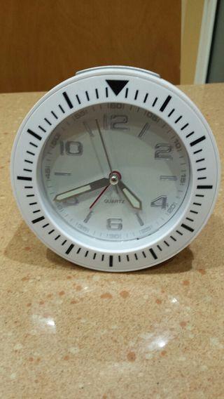 Reloj despertador WOLALA