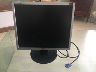"""Monitor LG L1753S 19"""""""