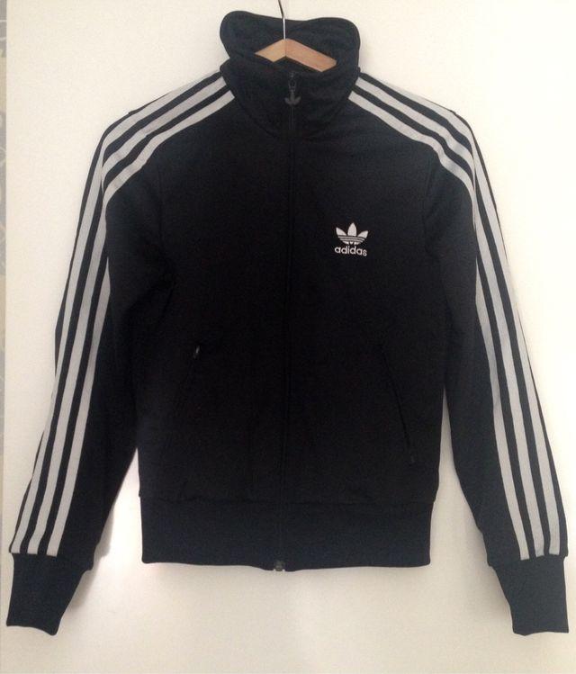 a17e63919959d Sudadera Adidas negra mujer talla 36 de segunda mano por 50 € en ...