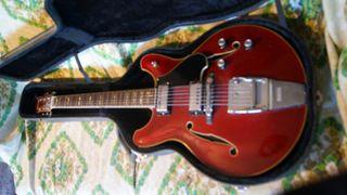 Guitarra eléctrica reparaciones y ajustes