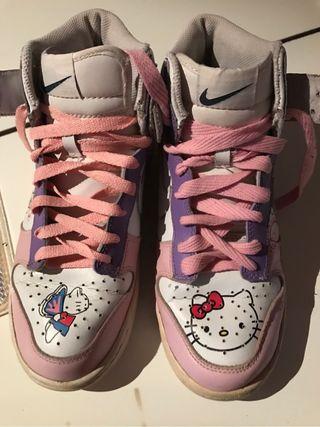 Zapatillas Nike Hello Kitty