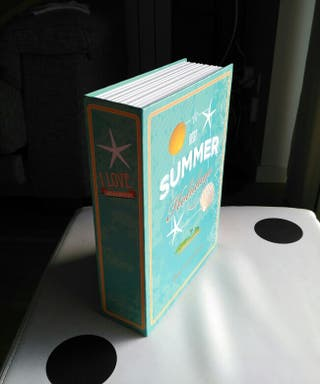 Caja fuerte apariencia de libro