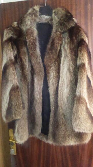 abrigo,piel como nuebo,alta gama,