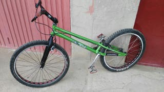 Bici trial because color 26""