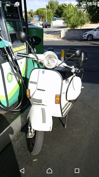 Vespa Clásica auténtica modelo Iris 200cc