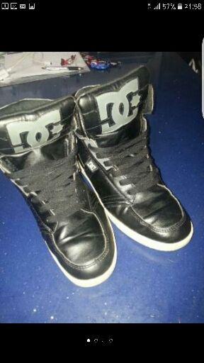 zapatillas botas de piel